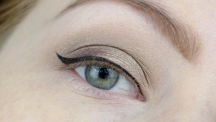 Essence Easy 2 Use Eyeliner Pen - 6