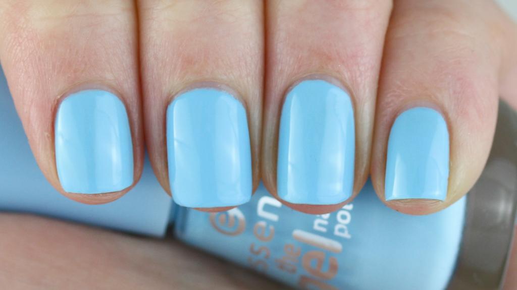 Essence Blue Bubble Di Blue - 1 van 4